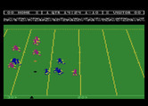 Touchdown Football for Atari 8-bit - Player passes the ball...