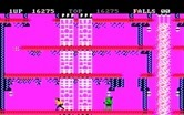 Bruce Lee for IBM PC/Compatibles screenshot thumbnail - Running from a green opponent...