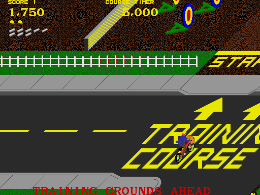 Paperboy Arcade Screenshot: Day 1 complete, time for the training course!